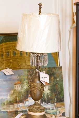 lamp pair with pink