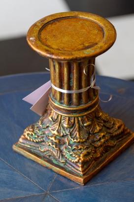 Carved pedestal - Verdegris