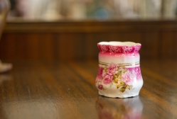 Miniature German vase - Three Crowns China. Circa 1910