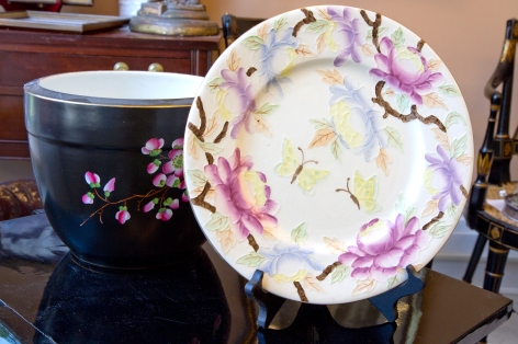 Decorative plate with peonies and butterflies.