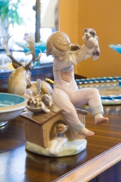 """$325 Hand made Lladro """"Pick of the Litter"""" figurine. Spain."""