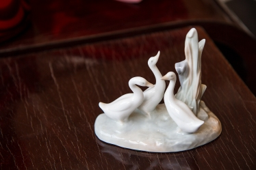 $185. Three geese figurine. NAO by Lladro. Hand made in Spain by Juan Huerto.