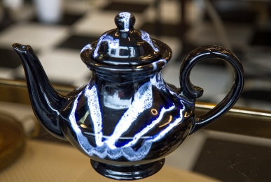 $55 Rare Blue Mountain Pottery teapot with cobalt granite glaze. Made in Canada. 1970s/80s.