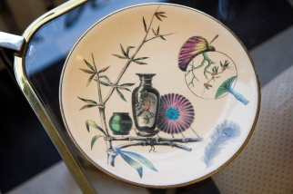 $70 Powell Bishop & Stonier of England. Paragon plate - fans, feathers, birds and bamboo. Pat.1880.